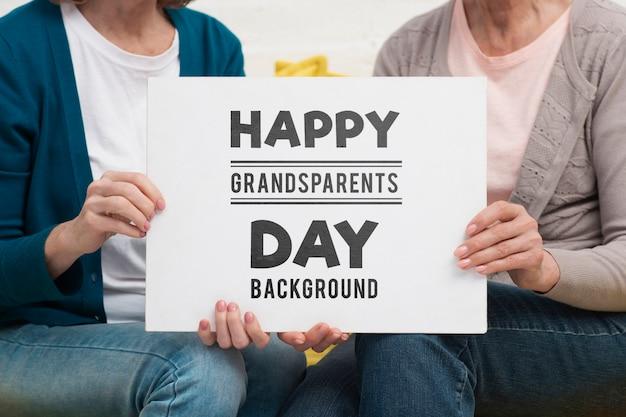 Счастливый день бабушки и дедушки концепция