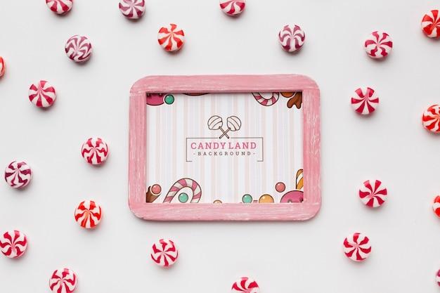 Рамка с конфетами рядом