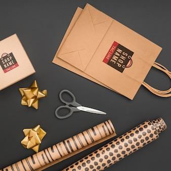 Вид сверху макет упаковки подарка украшения