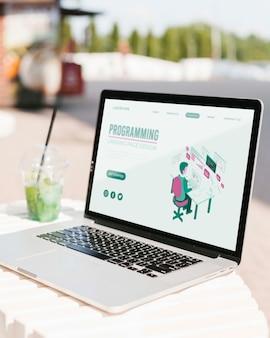Макро ноутбук с программированием целевой страницы