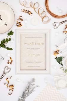Вид сверху на свадебные предметы