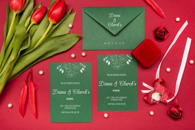 モックアップ付きのモダンな結婚式の招待状
