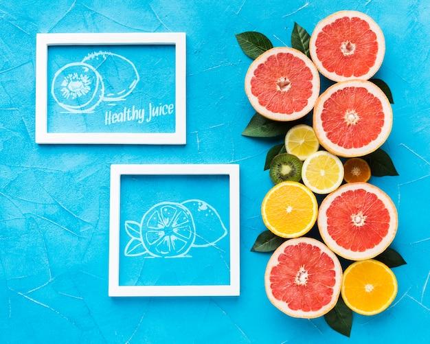 Вид сверху ассортимент свежих фруктов