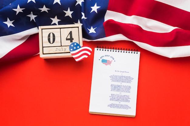 День независимости концепция с макетом