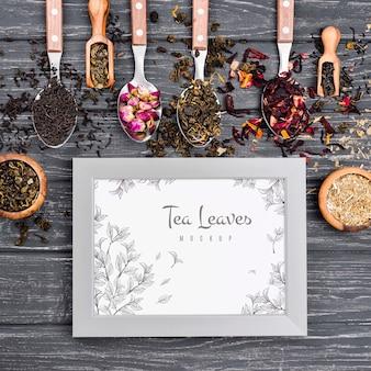 おいしい香り豊かなお茶のコンセプトのモックアップ
