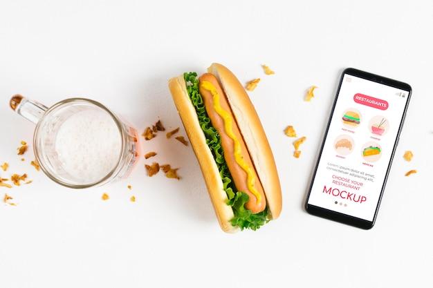 アメリカ料理のコンセプトのモックアップ