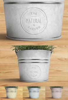 ロゴは植物とモックアップ