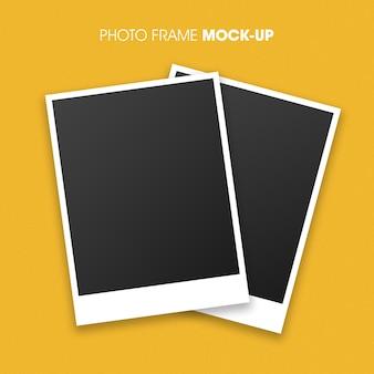 あなたのデザインのポラロイド写真フレームモックアップ