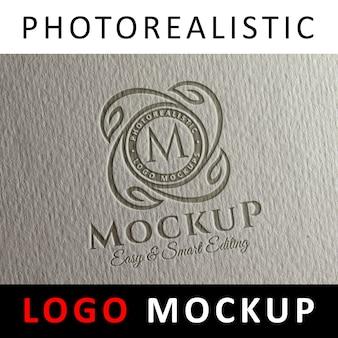 ロゴモックアップ - 紙のレタープレスロゴ