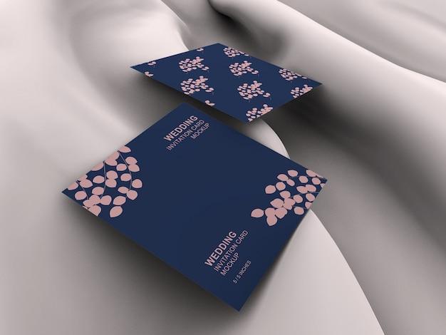 エレガントなスクエアカード結婚式招待状カードモックアップ
