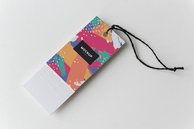 カラフルなブックマークタグモックアップデザイン