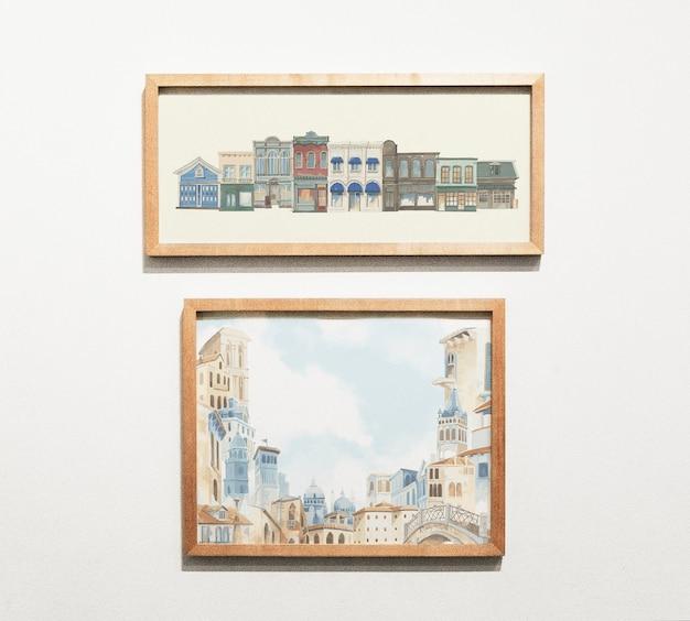 壁にアート作品のコレクション
