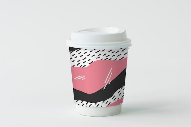 カラフルなテイクアウトのコーヒーカップのモックアップデザイン