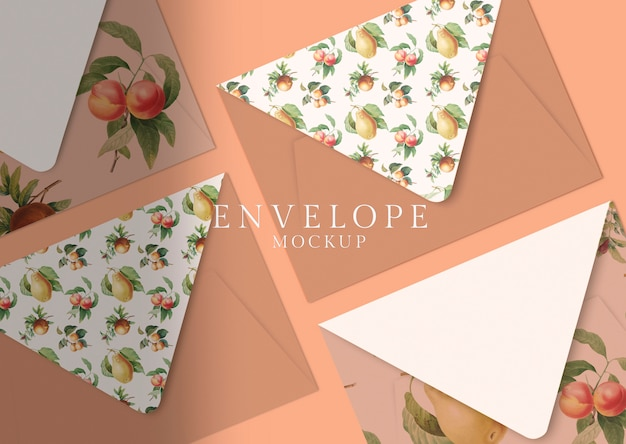 Цветочный дизайн конверта