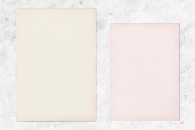 Бумажный макет на фоне мрамора
