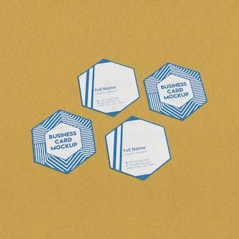 六角形の名刺のモックアップ