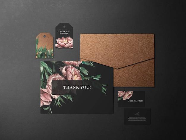 Современный фирменный стиль бренда черный и розовый
