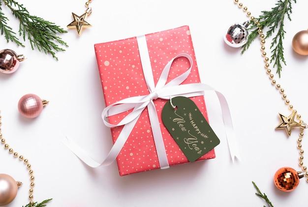 Рождественский подарок тег макет шаблона.
