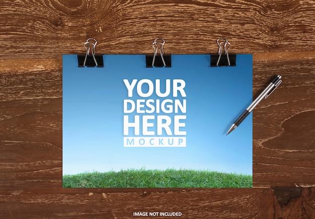 Фирменный стиль стационарный макет на деревянном фоне