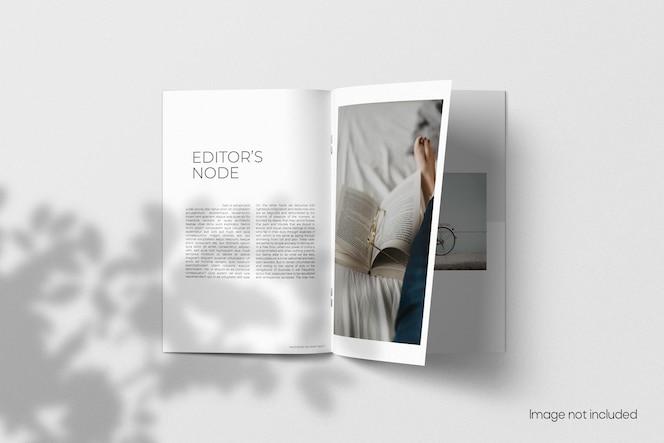 Mockup di brochure a4