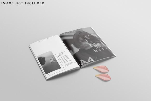 꽃과 함께 열린 a4 잡지 모형