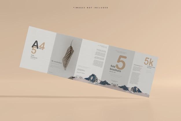 A4サイズ5つ折りパンフレットのモックアップ