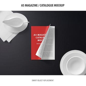 A5マガジンカバーカタログのモックアップ
