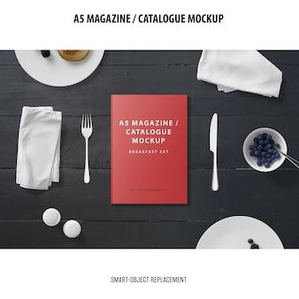 A5マガジンカタログモックアップ