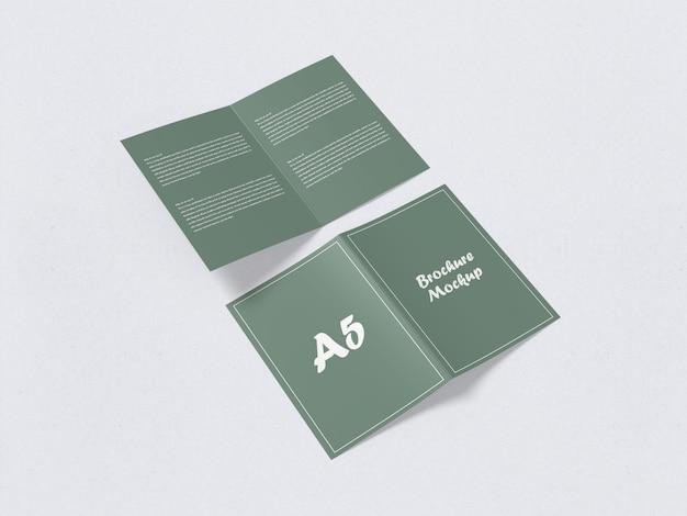二つ折りa5パンフレットモックアップ