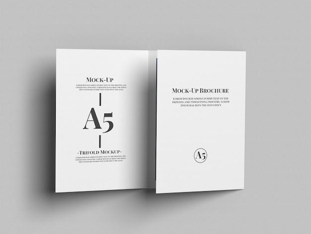 A5三つ折りパンフレットモックアップ
