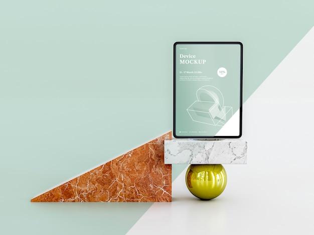 抽象的な石とタブレット