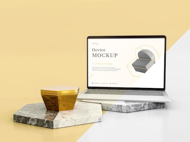 Pietra astratta e laptop