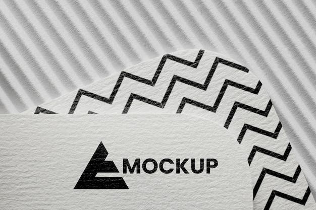 Disposizione del mock-up del marchio su carta