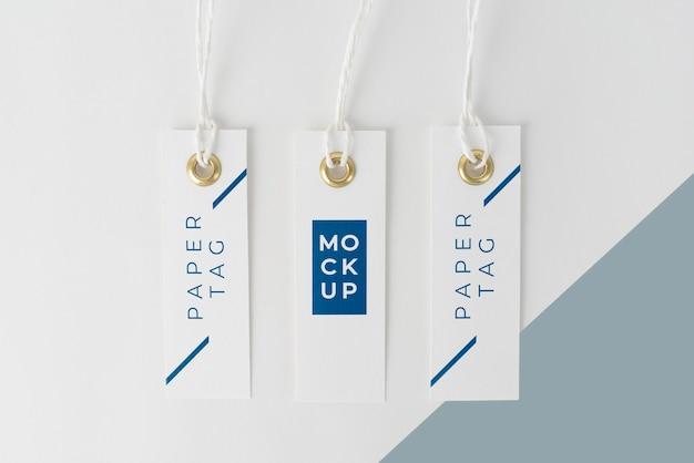 Disposizione delle etichette di carta mock-up
