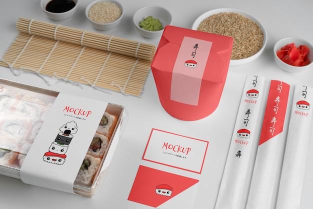 Оформление японского фаст-фуда с макетной упаковкой