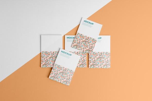 패턴 방문 카드의 배열