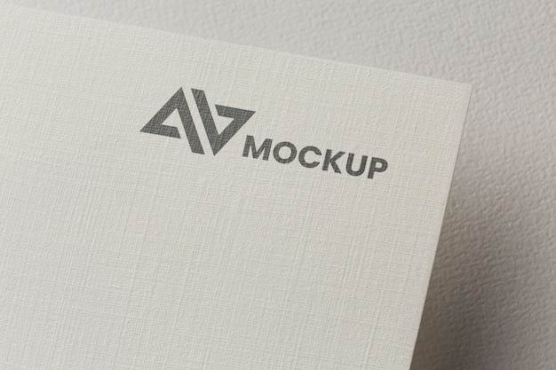 회사 브랜딩 카드 목업으로 배열