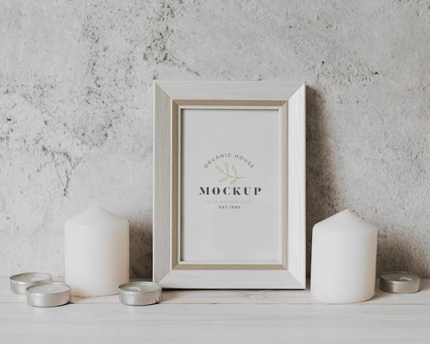 Arrangement with mock-up frame indoors