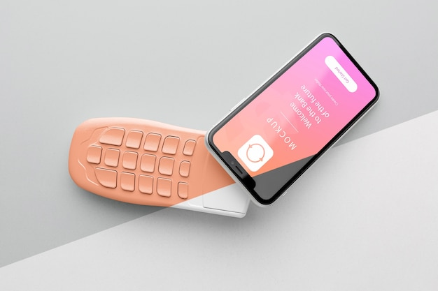 Arrangement with smart payment app mock-up