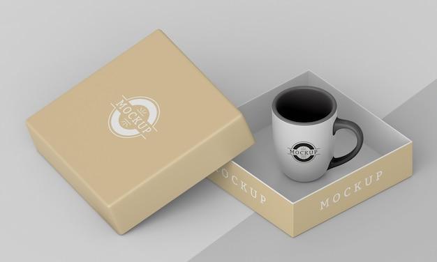 Assortimento di scatola per tazze mock-up