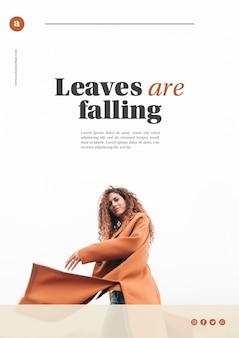 Modello web autunno con donna in cappotto