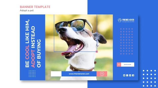 Modello di banner per l'adozione di un animale domestico con il cane