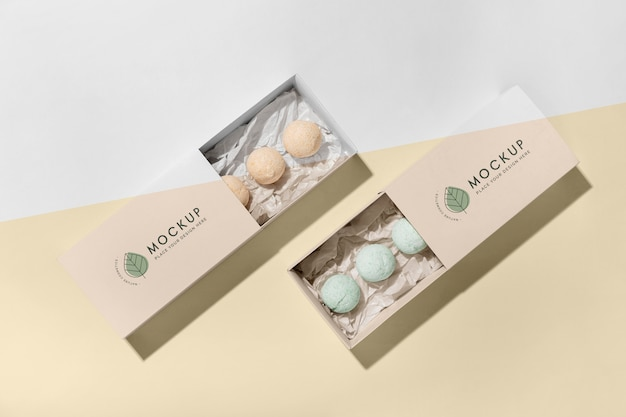 Bath bombs and boxes top view Premium Psd
