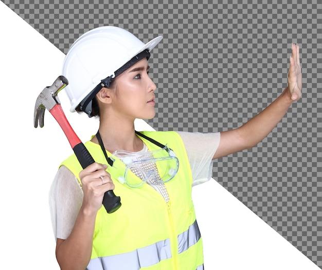 흰색 하드 모자, 안전 광대, 보호 안경 고글, 망치, 청사진 구조 종이, 스튜디오 흰색 배경에 고립 된 아름 다운 아시아 건축가 엔지니어 여자