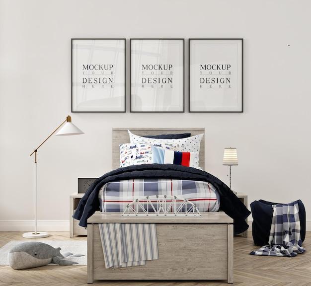 ポスターフレームのモックアップと美しいモダンな子供の寝室