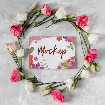 Красивая весенняя цветочная композиция с макетом