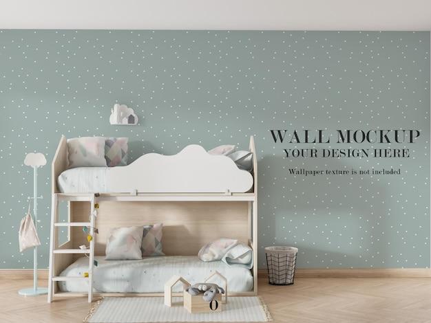 二段ベッドの後ろの美しい壁のモックアップデザイン