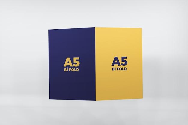 分離された二つ折りa5パンフレットモックアップデザイン