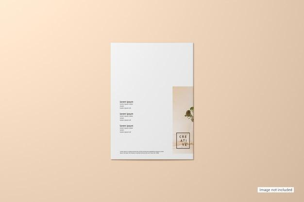 二つ折りパンフレットのモックアップ