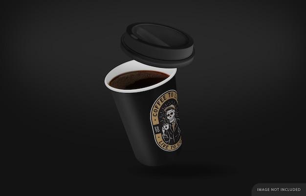 Макет черной кофейной чашки с черной крышкой